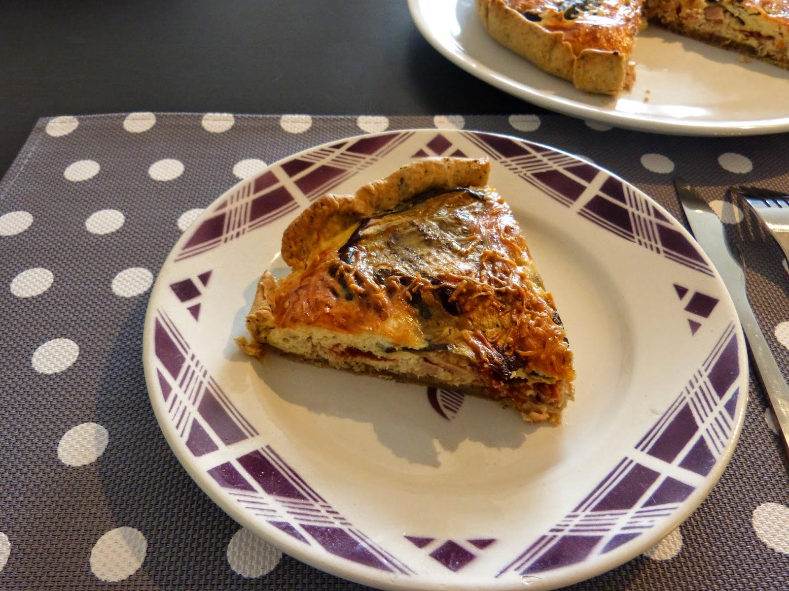 mamzelle cuisine tarte au thon tomates confites et aubergines grill es. Black Bedroom Furniture Sets. Home Design Ideas
