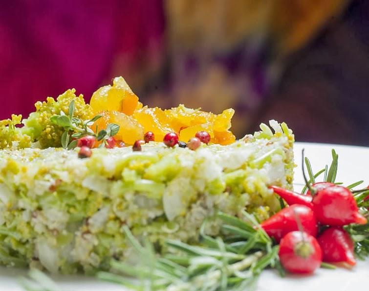 Risoto de Quinoa com Nozes, Brócolis e Damascos (vegana)