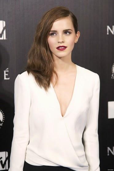 Emma Watson Hot HD Wallpapers Free Download