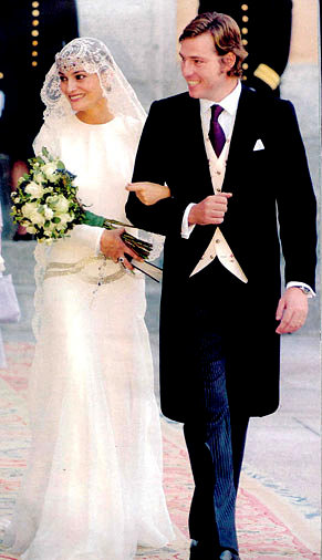 The Royal Order of Sartorial Splendor: Wedding Wednesday: Laura ...