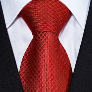 правильно завязанный галстук
