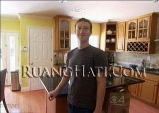 Kesederhanaan Mark Eliot Zuckerberg
