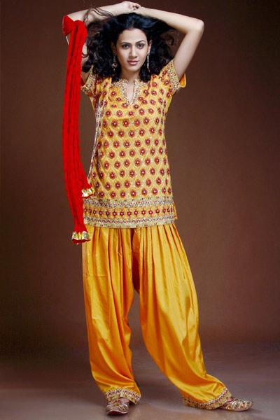 Short salwar kameez |She Fashions