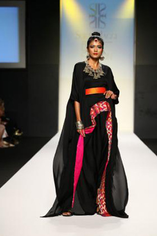 Surbhi Jaggi Dubai Fashion Week Fall Winter 2011 Collection Shetips
