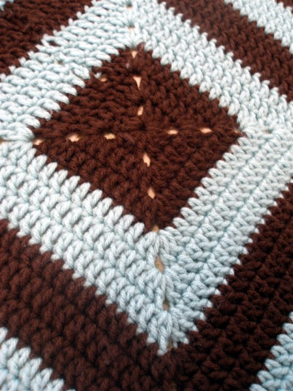 Crochet Baby Blanket Diamond Pattern : Crocheting Blind: Crochet Project: Diamond Baby Blanket