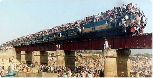 traveling+on+train+in+india+%25287%2529.jpg
