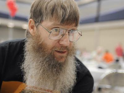 Cet homme est champion du monde de Scrabble francophone alors qu'il ne sait pas parler français