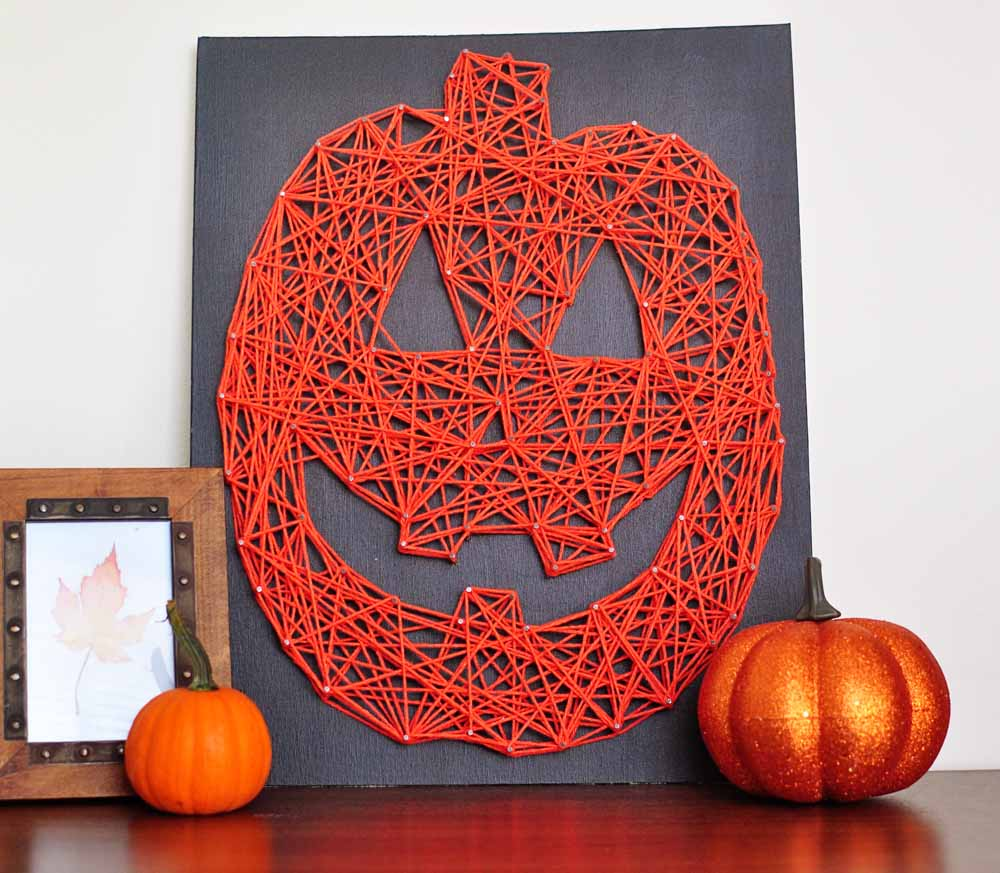 Little Sloth: Jack O\' Lantern String Art DIY