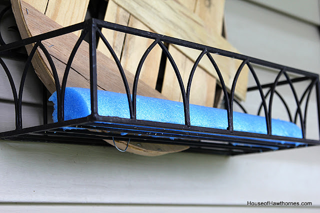 DIY tutorial to make a fall planter box with natural elements you can find at the craft stores