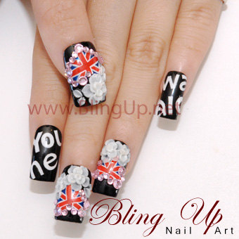Liz blairs art design and fashion really flashy japanese nail art i just discovered this type of 3d japanese nail art on etsy and ebay here are some examples from the etsy shop called bling up in los angeles california prinsesfo Images