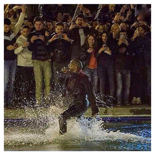 Kanye West jumped in the middle of Swan Lake (Armenia)
