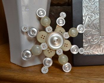http://www.crafts-for-all-seasons.com/button-snowflake.html