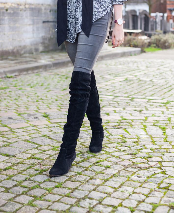 suede overknee boots