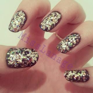 glitterbomb-nail-art-designs