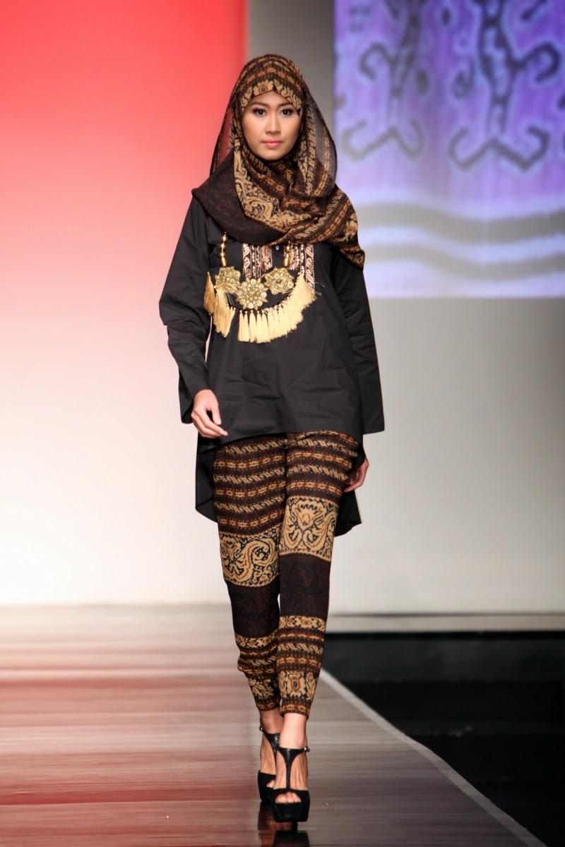 20 Foto Desain Baju Pesta Muslim Glamour Terpopuler Kumpulan Model Baju Muslim Terbaik Dan