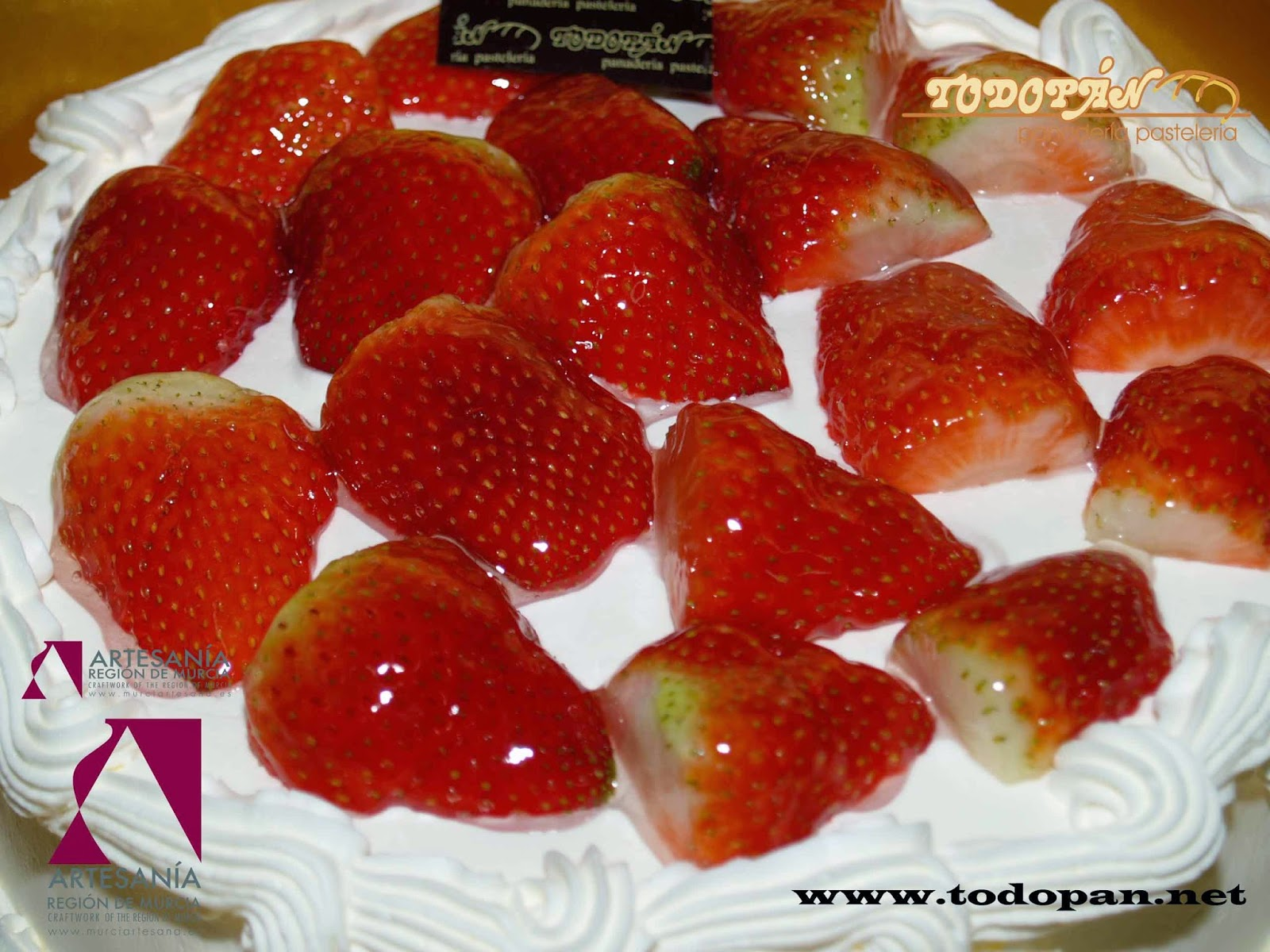 Nata y Fresas