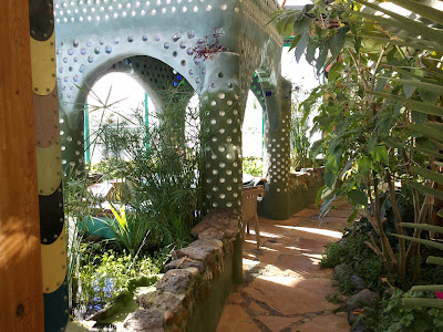 Passive House by Earthship Biotecture