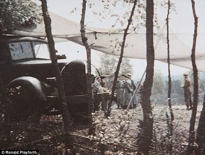 Foto Berwarna Satu-Satunya Dari Peristiwa Penyerahan Jerman Dalam Perang Dunia II