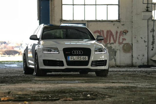 Audi RS6 Avant Car Wallpaper