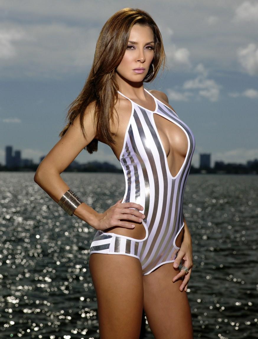 elizabeth gutierrez naked