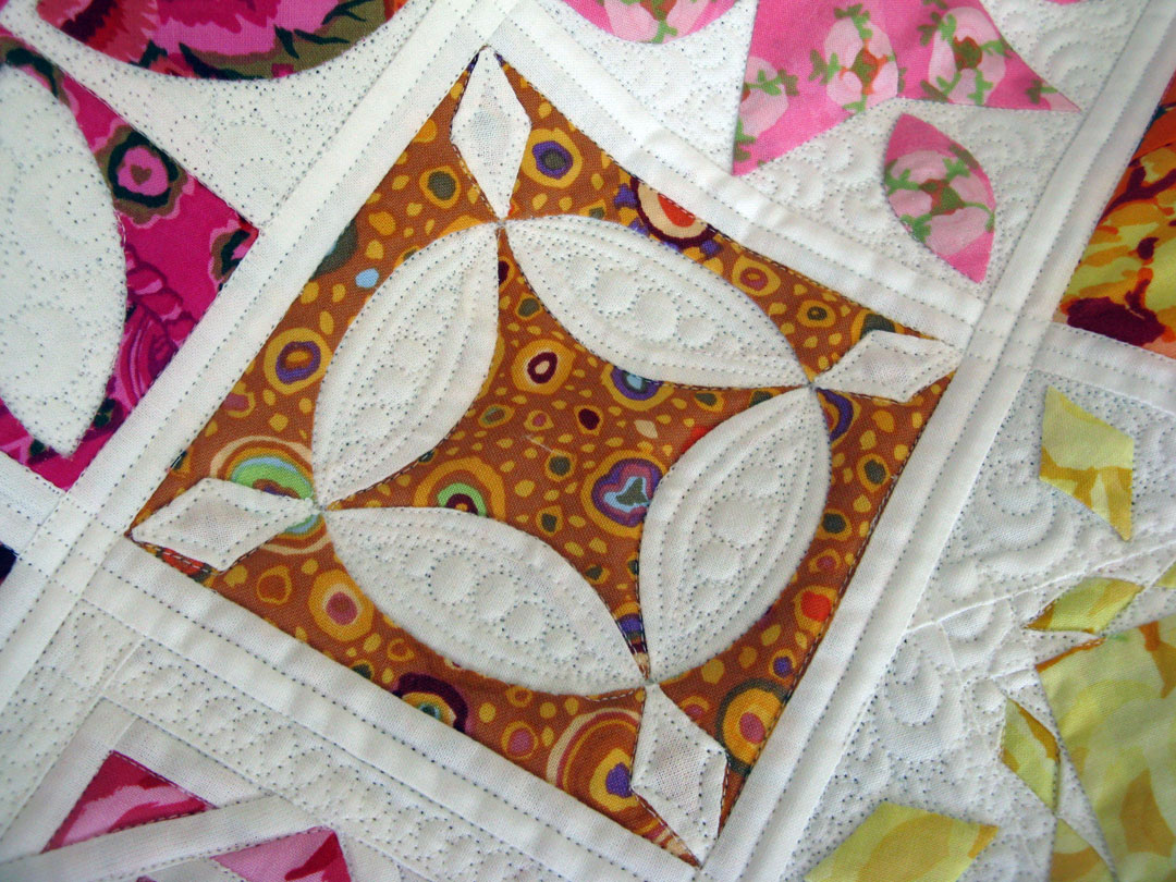 Green Fairy Quilts is awesome! Judi does such an great job and is a great inspiration for other quilters. Lovely trapunto effect with modern free motion quilting.
