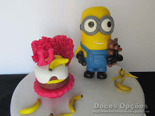banana minions birthday cake