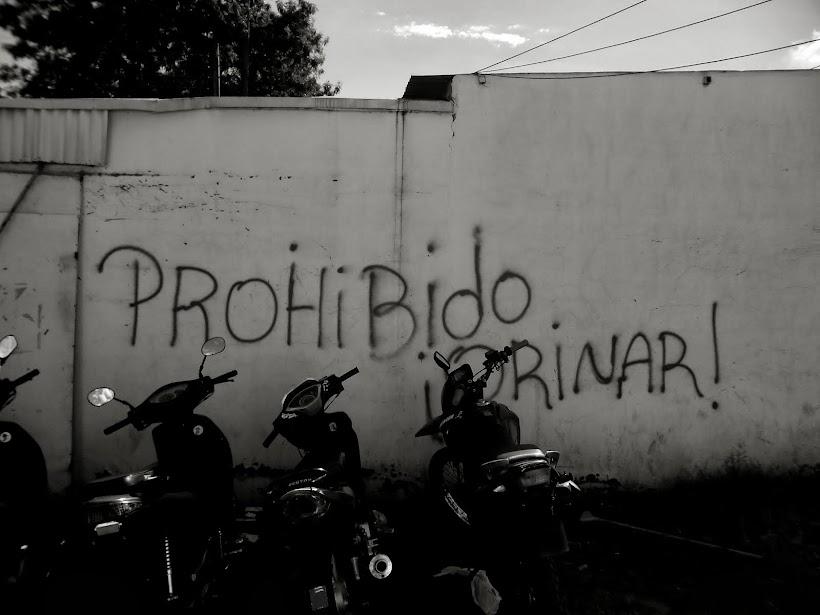 ca - prohibido orinar_ san juan caballeros_amambay / paraguay