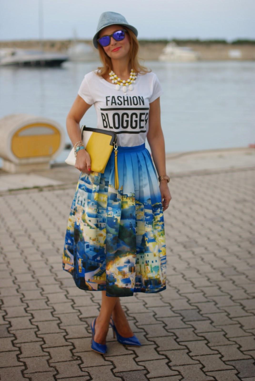 Chicwish Santorini skirt, fashion blogger tee, blue patent leather shoes, santorini skirt, Fashion and Cookies, fashion blogger