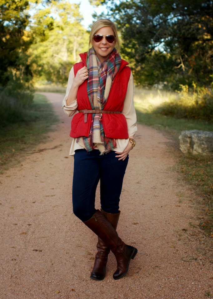 How to wear a red quilited puffer vest