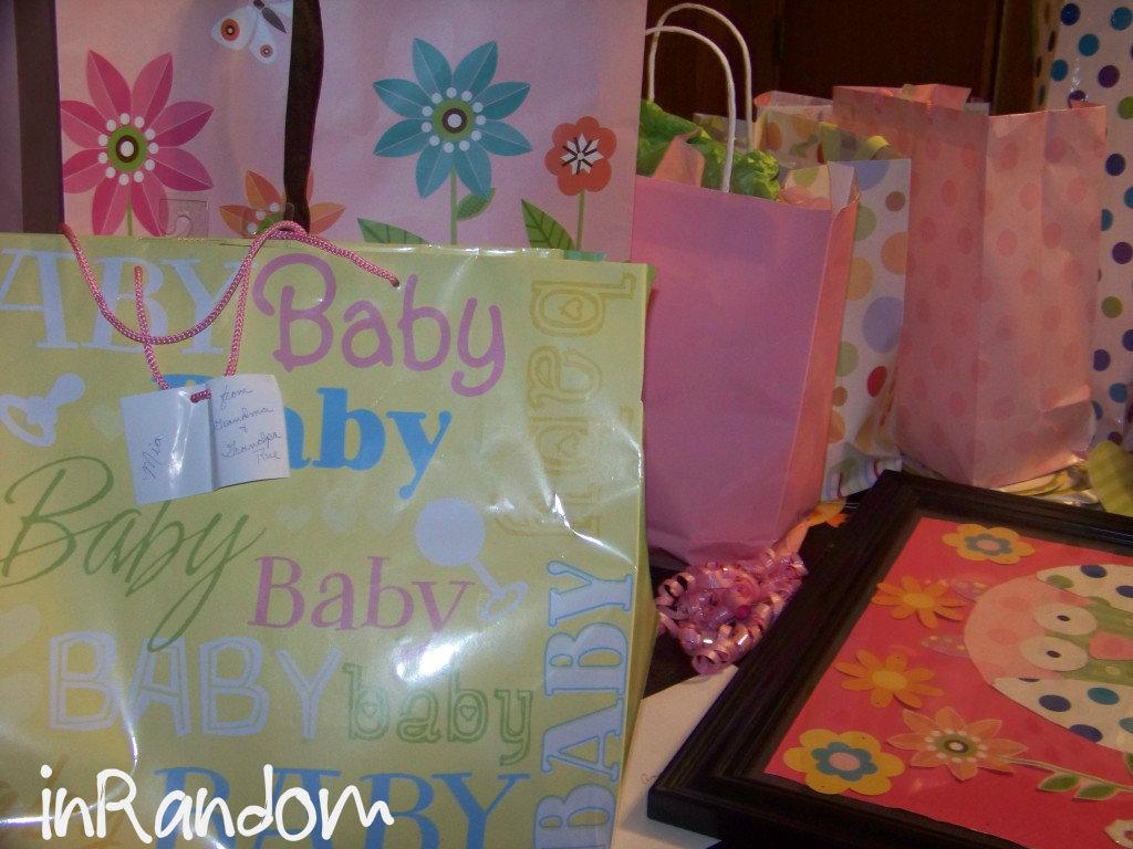 baby shower keepsakes