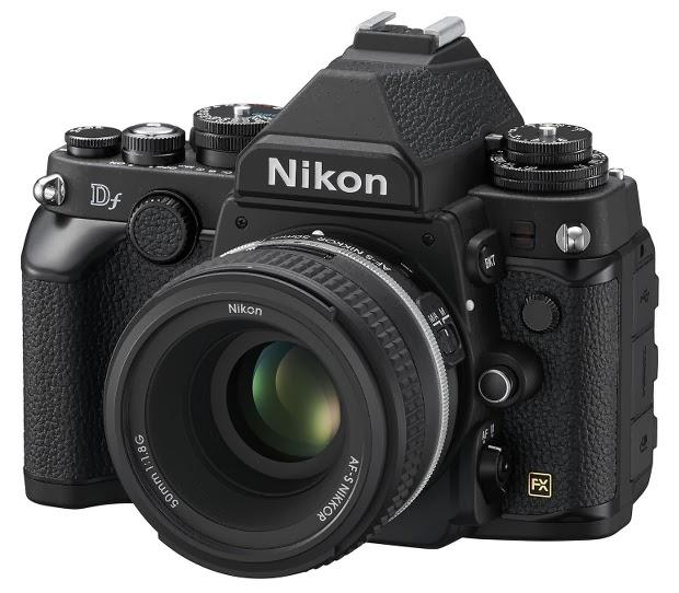 Fotografia della Nikon Df in versione nero