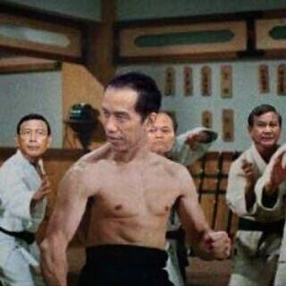 Humor Gambar kocak Jokowi vs Prabowo