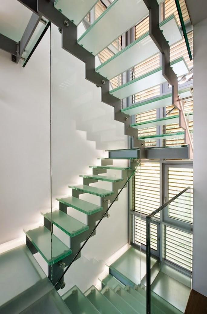 Casas minimalistas y modernas escaleras vanguardistas for Escaleras casas minimalistas
