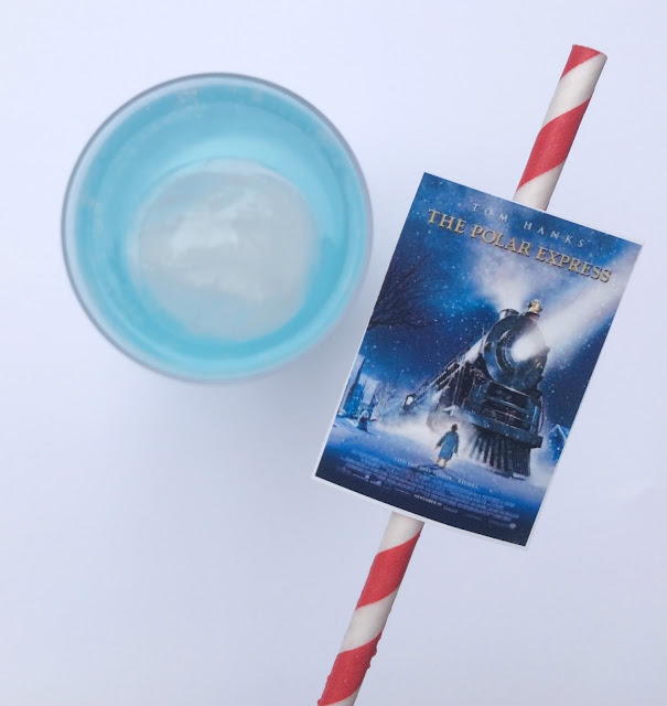 Family Christmas Movie Night with Polar Express Punch | www.jacolynmurphy.com