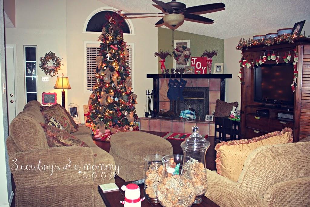 post13jpg - Hallmark Christmas Home Decor