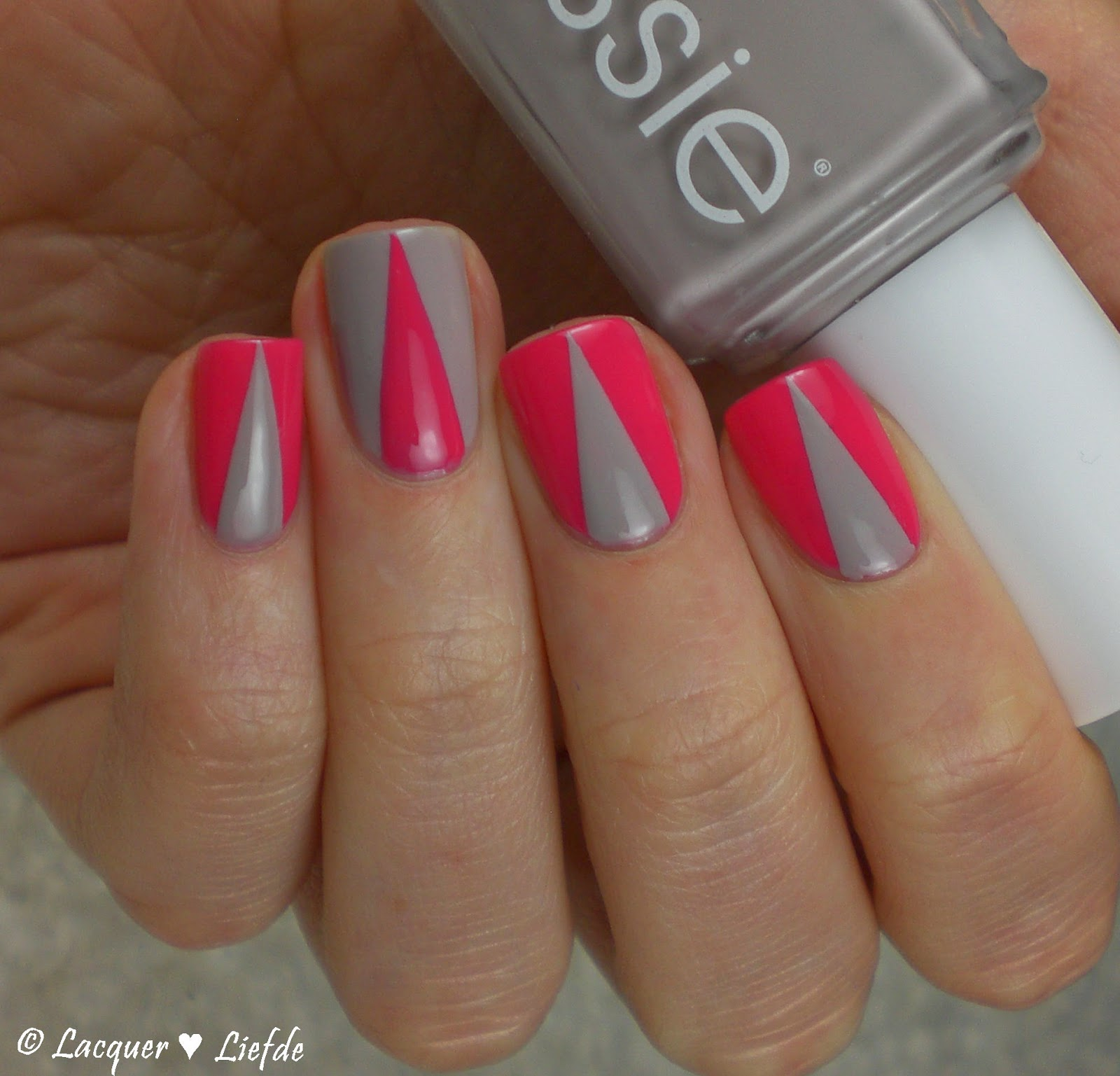 Essie - Status Symbol feat. Take it Outside