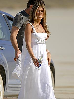 Jennifer-Aniston-films-movies-hairstyle-new+hairstyle-Jennifer+Aniston