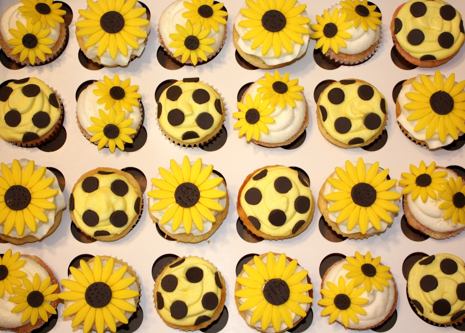 Bright Yellow Sunflowers, And Brown Polka Dots Make A Perfect Combo For A  Cupcake Tower In The Making!
