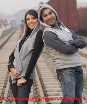 Bangladeshi TV actor model Shojol with actress min