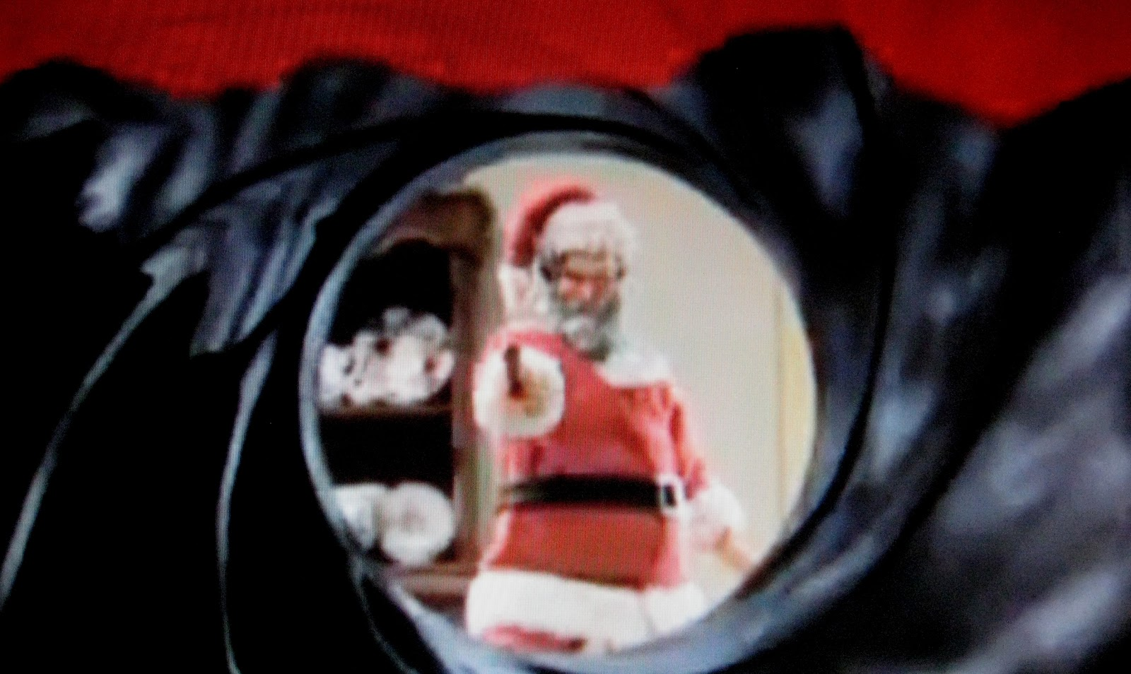 http://2.bp.blogspot.com/-RSHC7K32jjU/UJhQIK5vJ5I/AAAAAAAAHak/Vj3YXhyPUuY/s1600/Santa.jpg