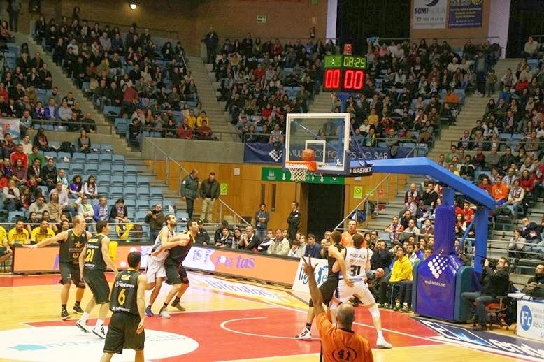 Resultado de imagen de El Iberostar Tenerife vence al Obradoiro