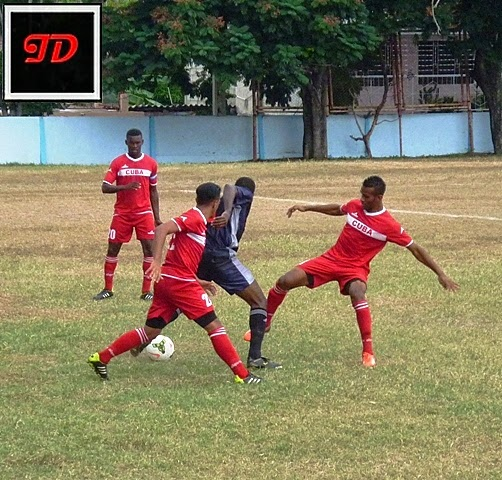 Tope futbolístico equipo Cuba-Santiago de Cuba