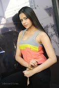Abha Singhal latest photos at Dil Diwana press meet-thumbnail-7