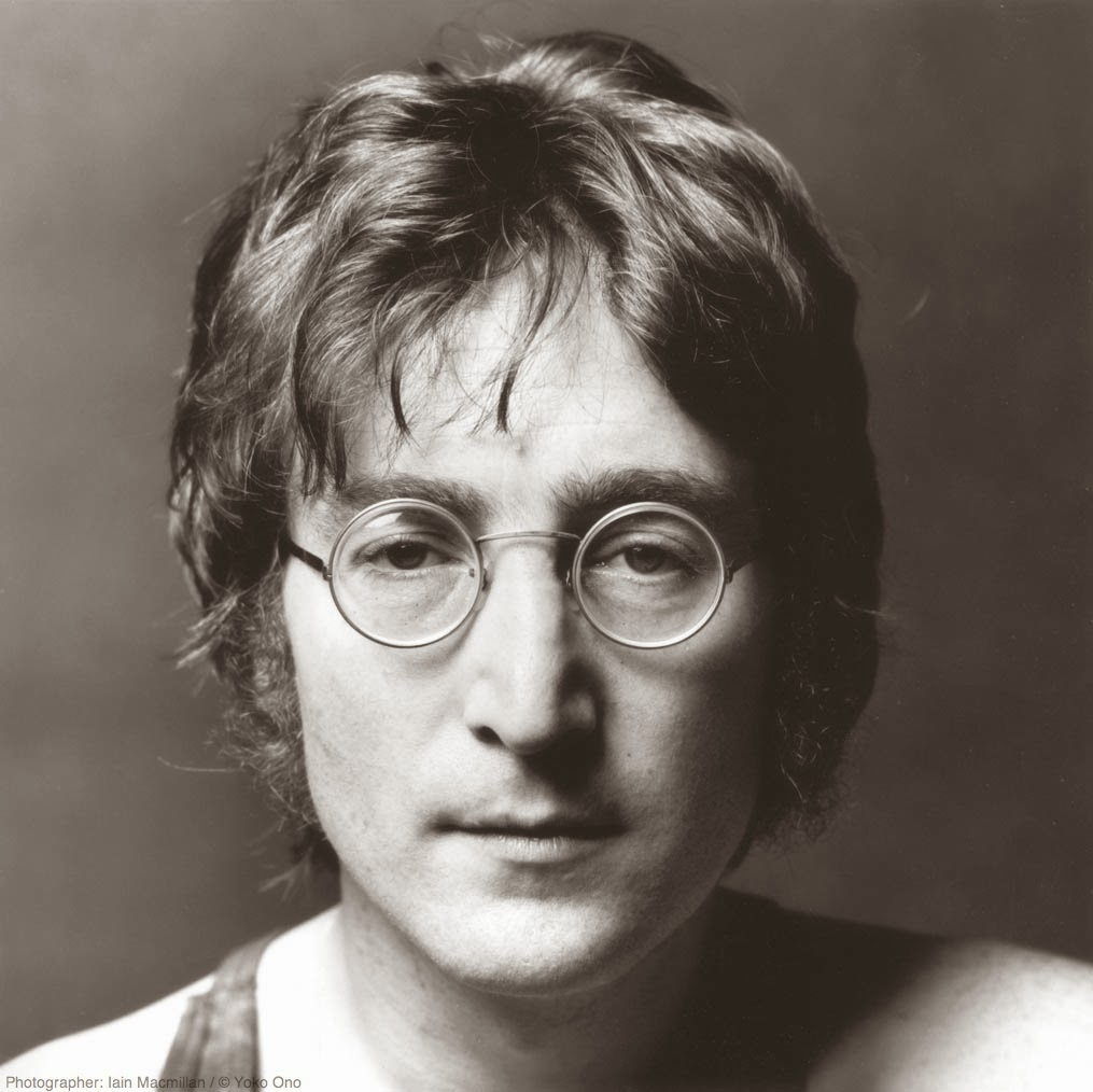 a biography of john lennon member of the beatles John winston (later ono) lennon was born on october 9, 1940, in liverpool,   he was the only member of the beatles never to attend a paul mccartney solo.