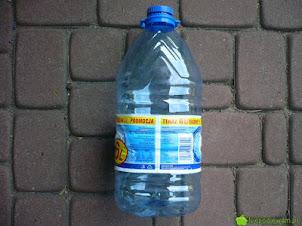 Doniczki z butelek plastikowych – jak zrobić