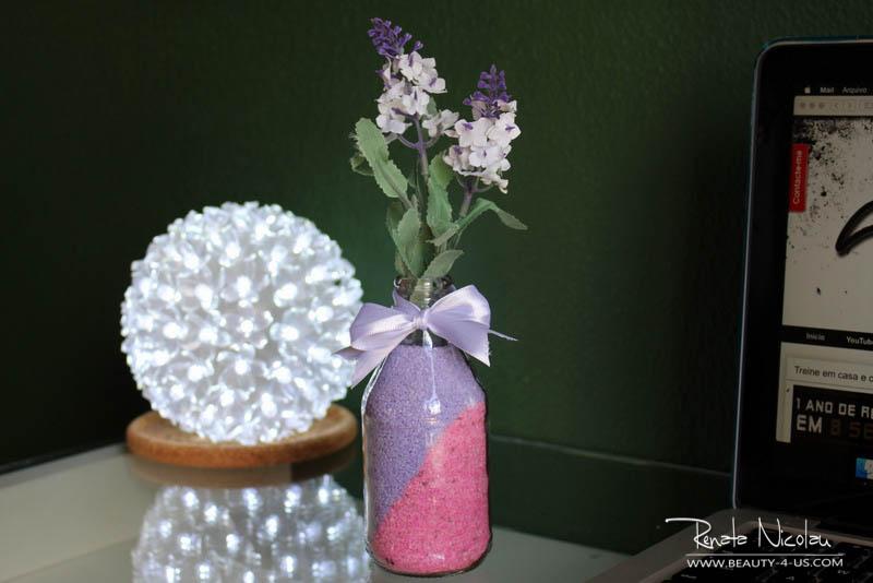 Garrafa com Flor - Vaso delicado para decorar seu cantinho