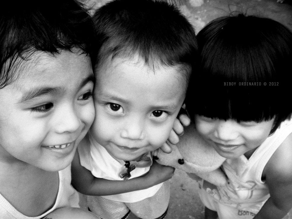 Kids in Laguna playing around