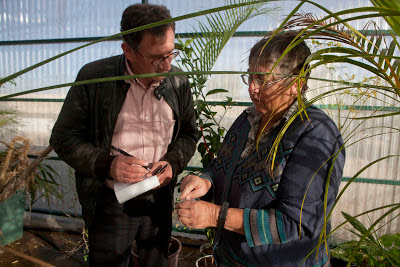 With Dr Elaine Solowey in her greenhouse at Kibbutz Ketura