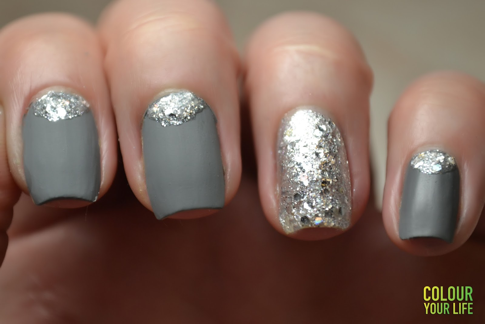 Colour your life: January\'s Nails Challenge - Ice or Silver nails