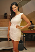 Subra Aiyappa latest glamorous photos-thumbnail-1